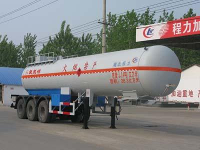 程力威牌易燃液体罐式运输半挂车