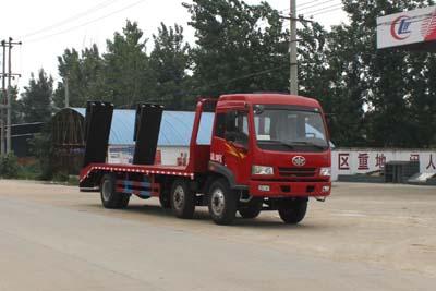 一汽解放小三轴平板运输车