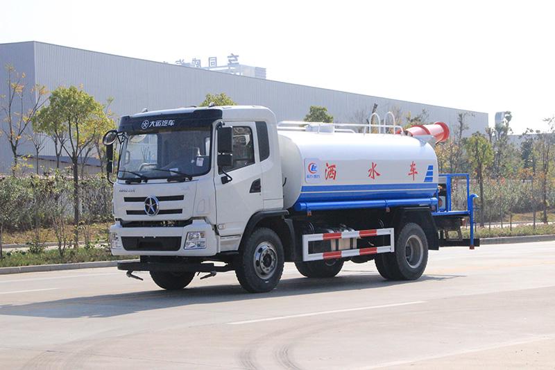 10方(吨)大运喷洒车